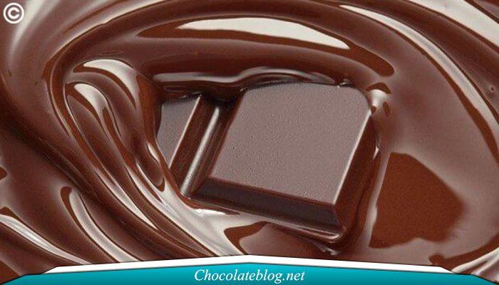 Konsumsi Cokelat Dapat Memperbaiki Mood