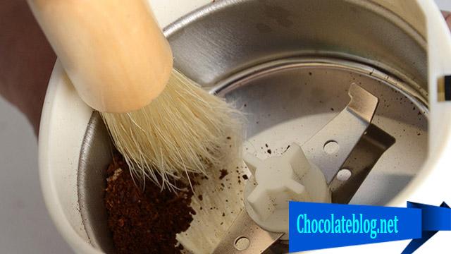 Pengiling Coklat Ini Sangat Rama Lingkungan