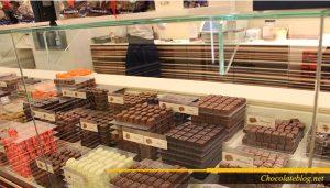 Pembuatan coklat belanda